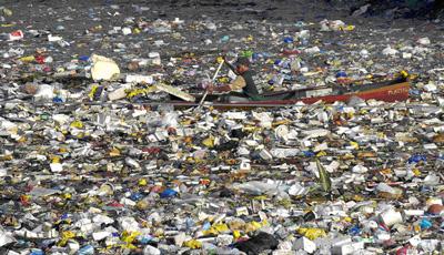 garbage-boat