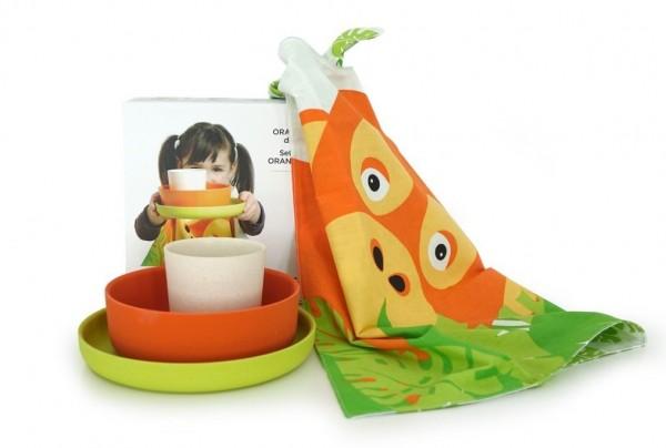 BIOBU Kinder Geschirrset mit Lätzchen 4teilig